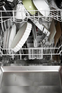 Dishwasher that has been repaired by Electro Sherbrooke